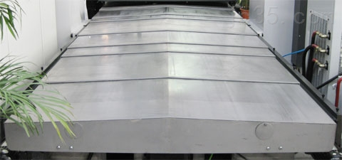钢板伸缩式防护罩